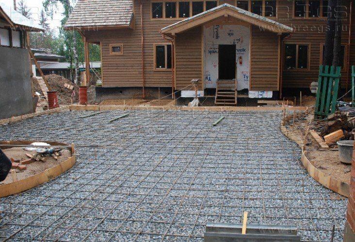 Площадки из бетона на даче своими руками
